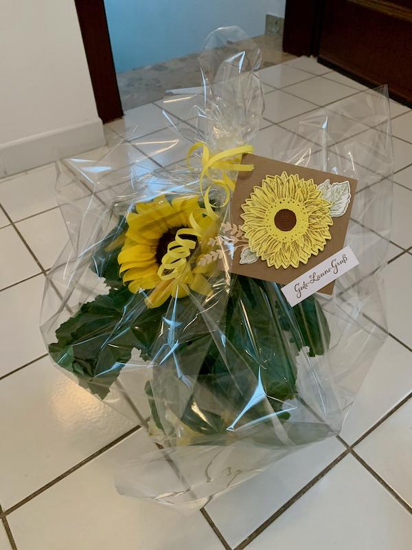 Sonnenblume mit Anhänger
