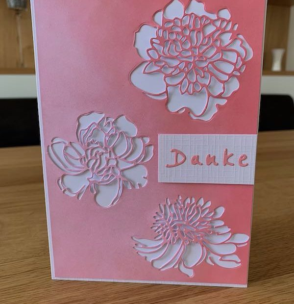 Dankesskarte mit Blumen in rosa