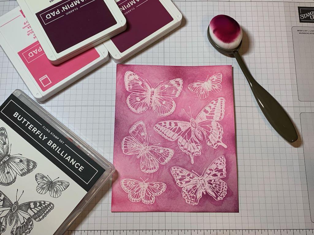 Blending-Hintergrund_Butterfly-Brilliance_embosst