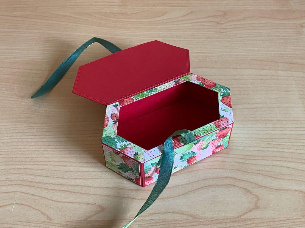 Sechseckige-Verpackung_Erdbeeren