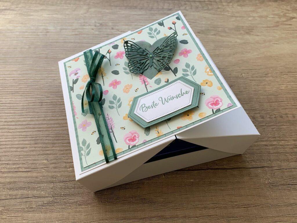 Geschenkbox_Seladon-Lodengrün