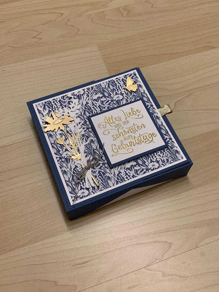 Pralinenverpackung_Geburtstag_Goldschimmer